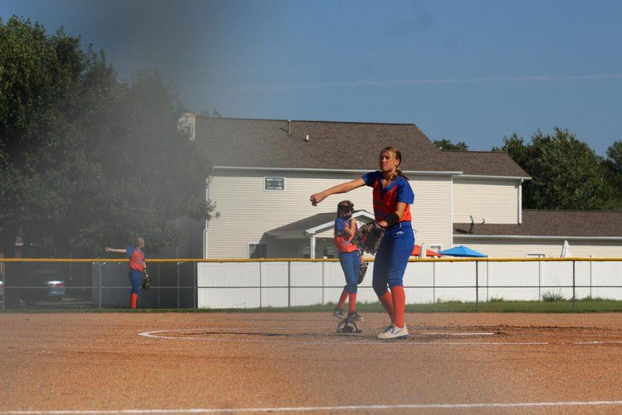 Jr Lady Rockets Take the Field